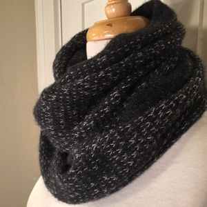 Rag & Bone NY Black Gray wool blend infinity scarf